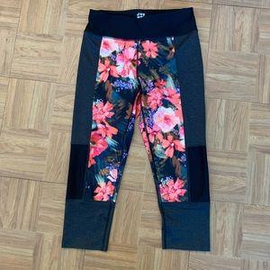 JOY LAB Floral Black Capri Legging M